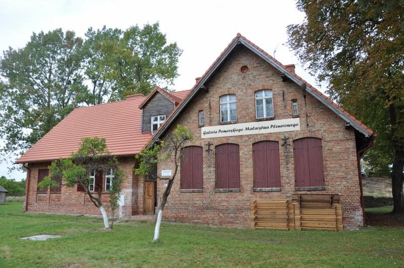 Budynek Galerii Pomorskiego Malarstwa Plenerowego